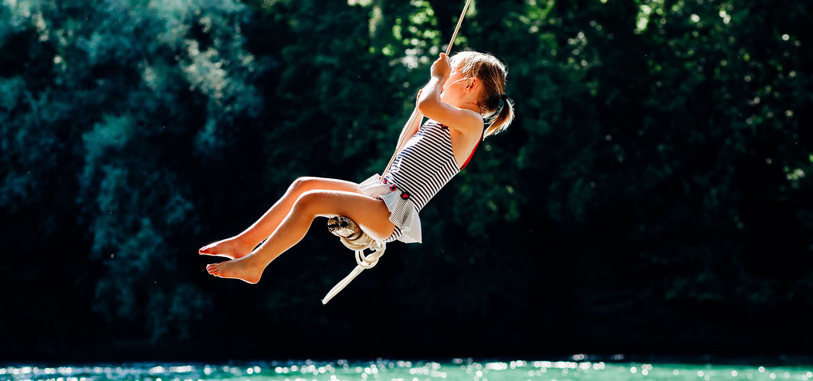 rope-swing-little-girl-2